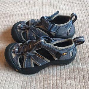 Keen Shoes - Keen Waterproof Boys Shoes